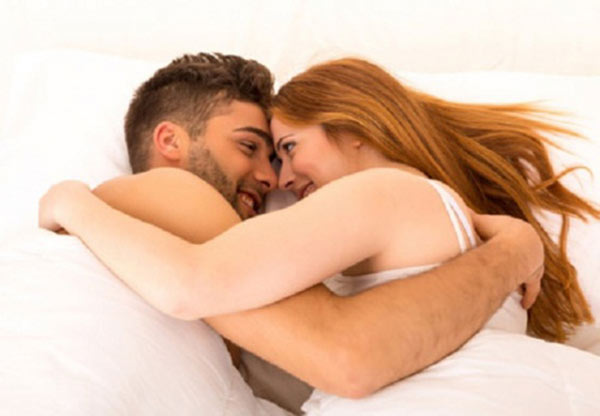 chọn loại quần áo thoải mái để giấc ngủ đến nhanh chóng